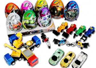 vaj. CAR toy egg 21g (8x6)